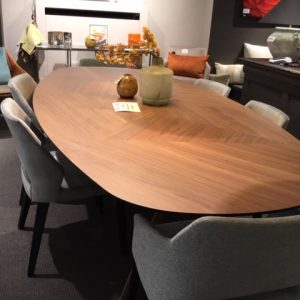 outlet mobitec eclipse eetkamertafel notelaar